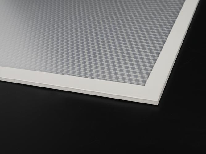 UGR < 16 LED Panel Light with Glare Control Diffuser- SGSLight
